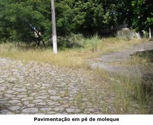Pavimentação em pé de moloque